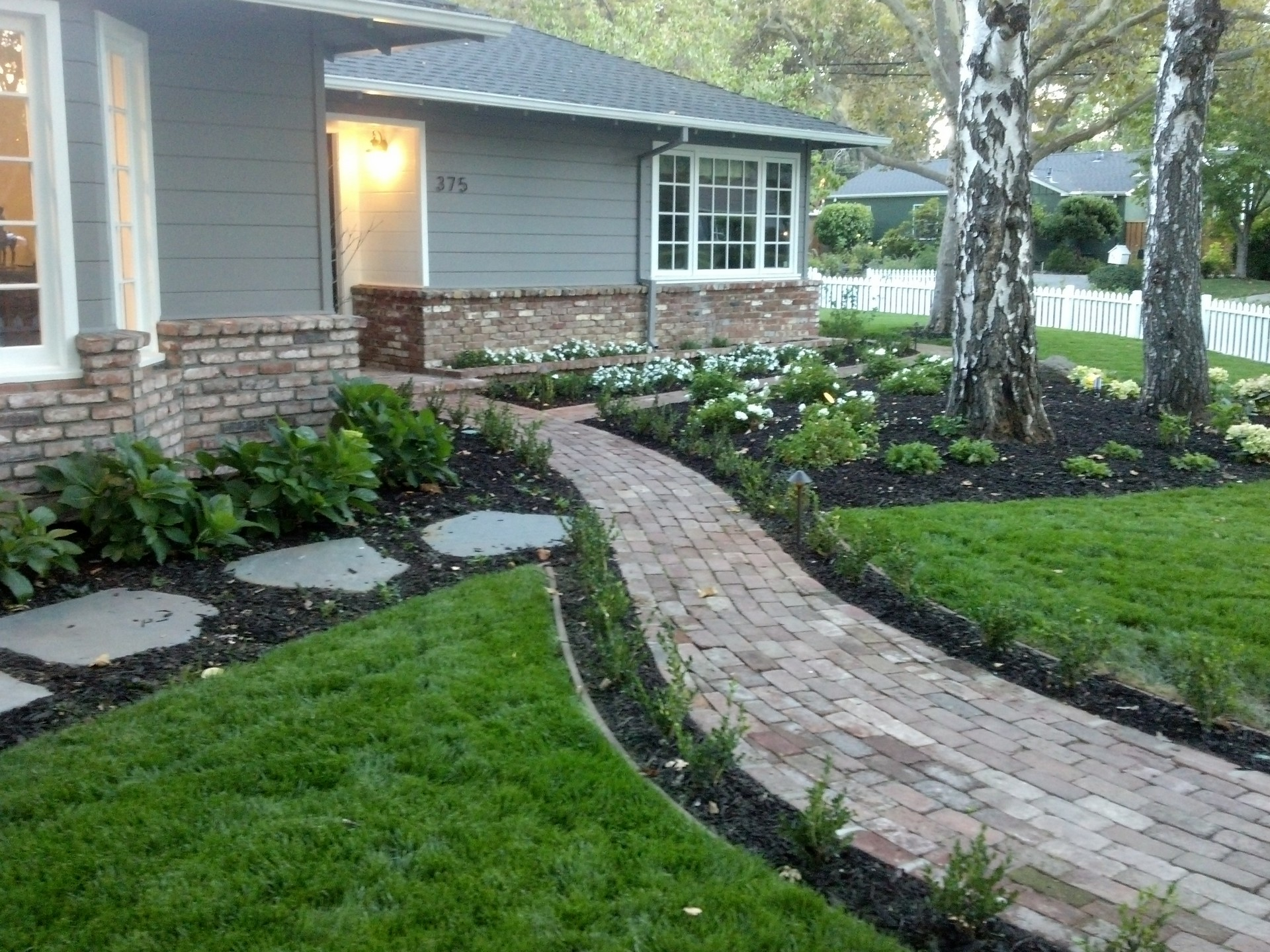custom walkway in Menlo Park