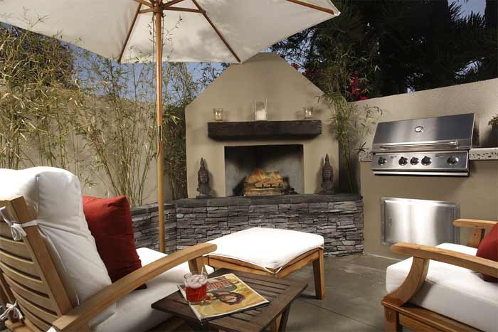 patio with outdoor kitchen