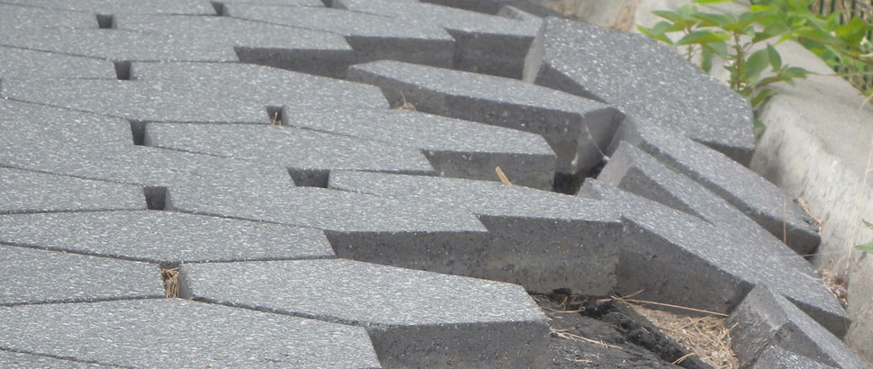 why do uneven pavers settle & sink?